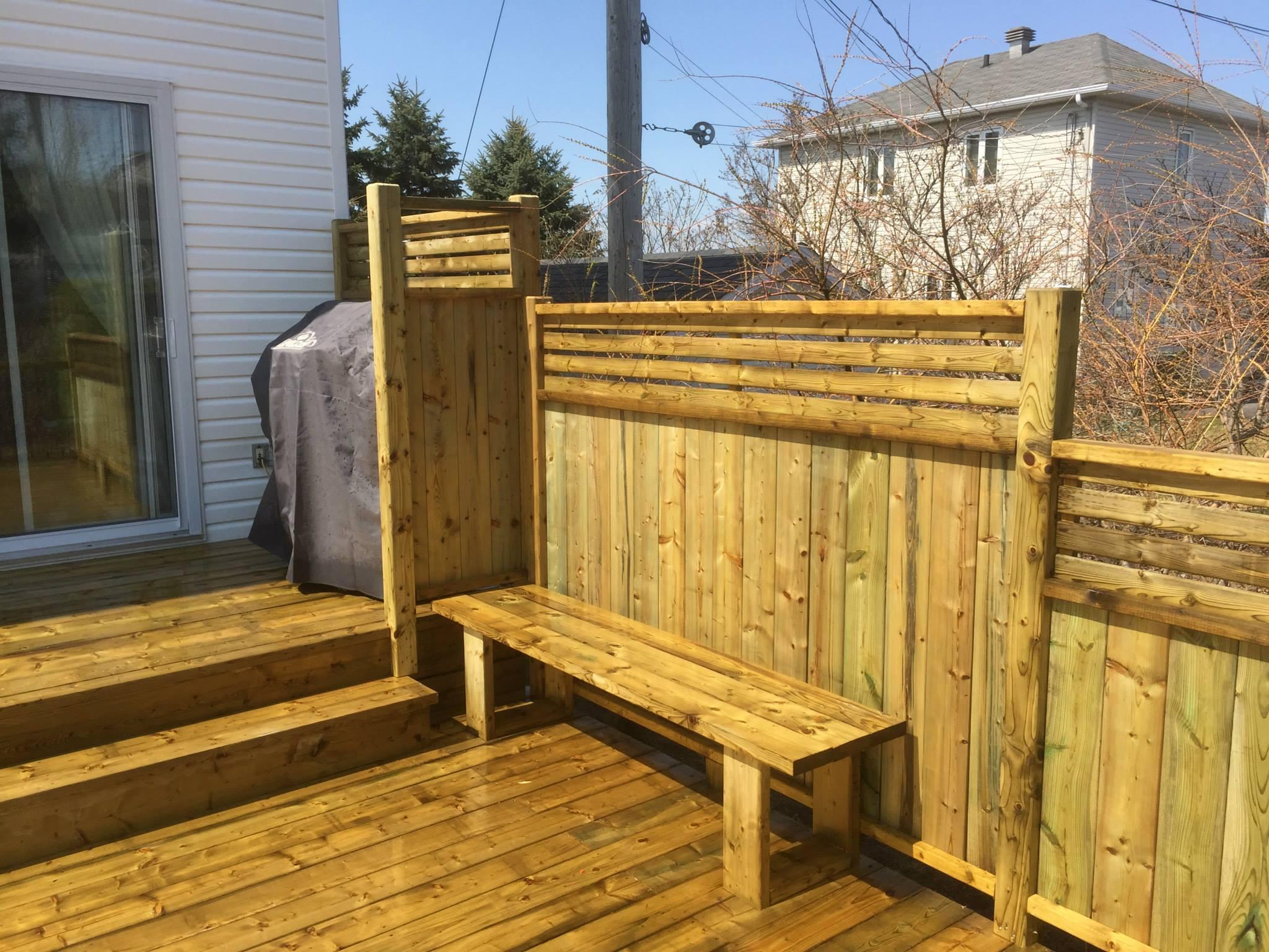 patios multi paliers patio bois trait. Black Bedroom Furniture Sets. Home Design Ideas